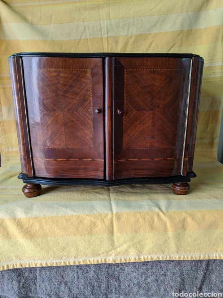 Antigüedades: Mueble de radio tranformado en bargueño, caoba - Foto 10 - 207838546