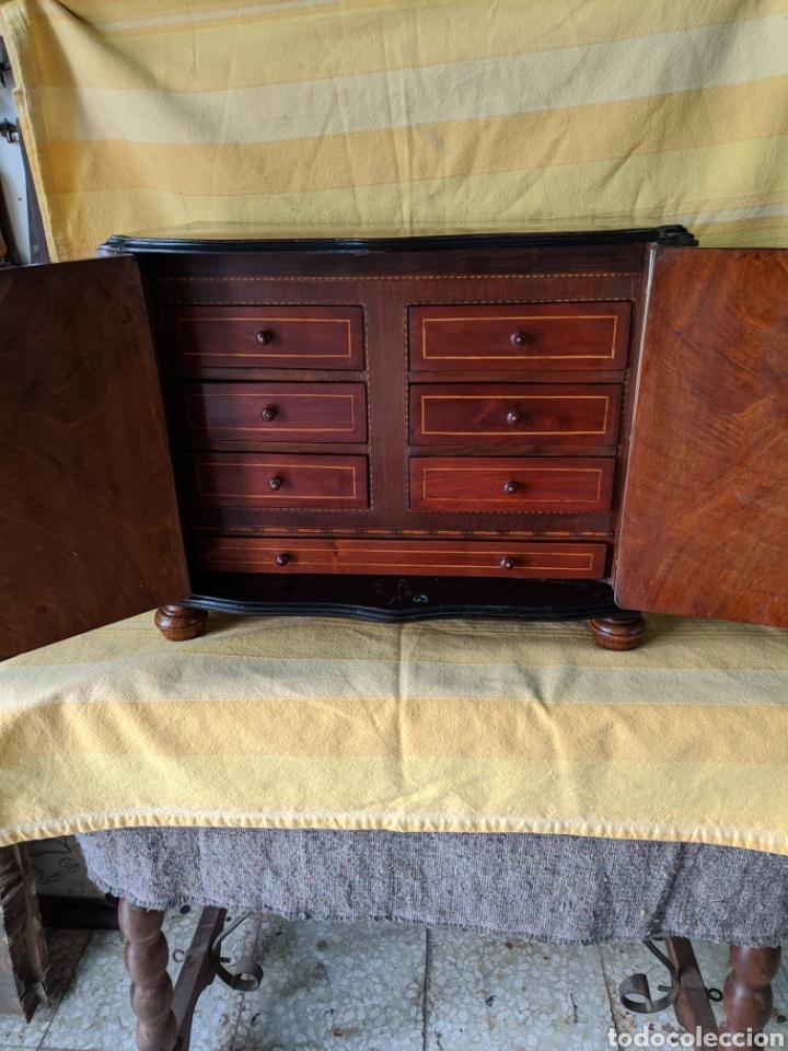Antigüedades: Mueble de radio tranformado en bargueño, caoba - Foto 12 - 207838546