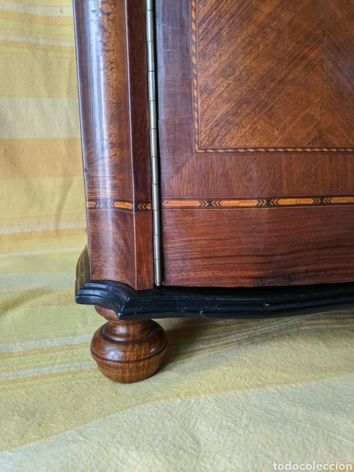 Antigüedades: Mueble de radio tranformado en bargueño, caoba - Foto 13 - 207838546