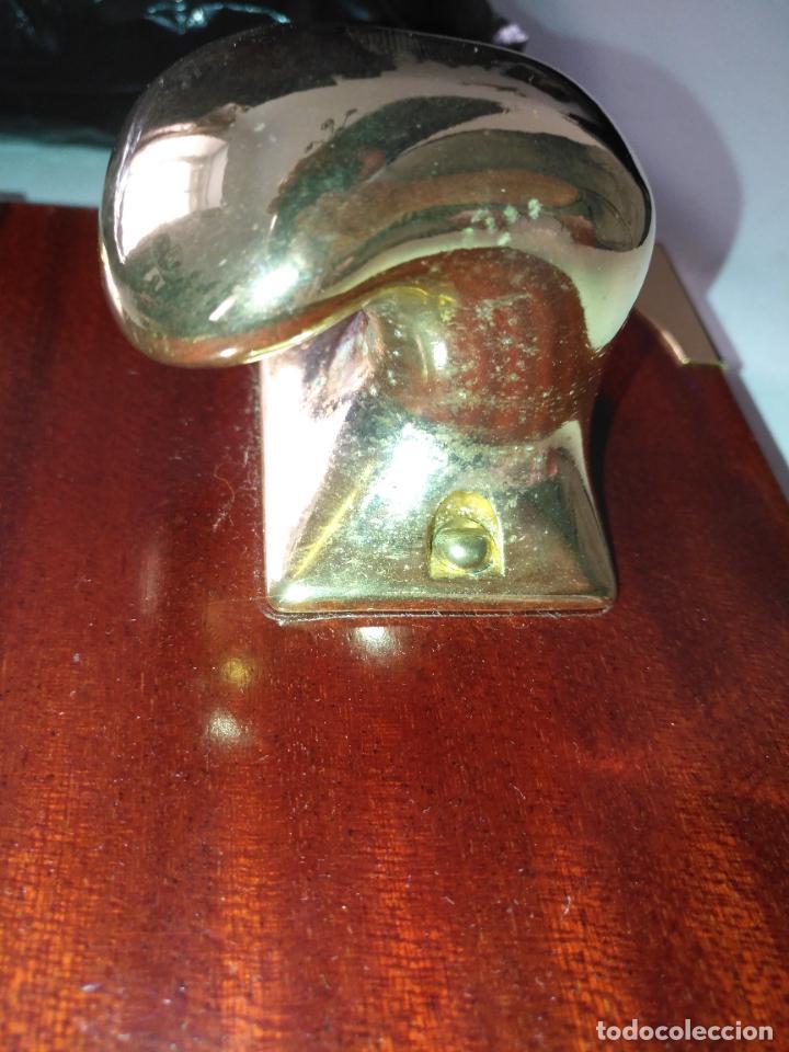 Antigüedades: PERCHERO PARA DORMITORIO DE MUEBLE BARCO - NORAY , 2 percha metal y metopa madera 28x15x2cm - Foto 5 - 207867665