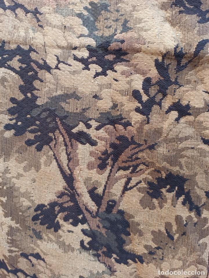 Antigüedades: Preciosa cortina con escena de caza (deteriorada) - Foto 2 - 207867820