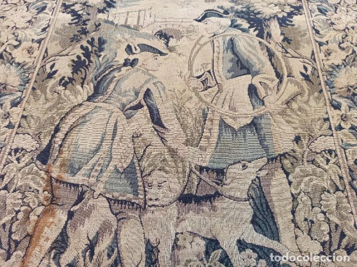Antigüedades: Preciosa cortina con escena de caza (deteriorada) - Foto 8 - 207867820