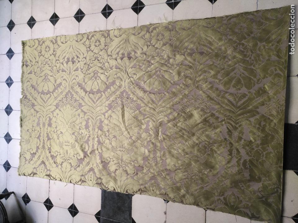 158 X 91 TELA BROCADO DAMASCO COLOR VERDE VIRGEN BALCOLERA SAYA MANTO CAPILLA SEMANA SANTA (Antigüedades - Religiosas - Artículos Religiosos para Liturgias Antiguas)