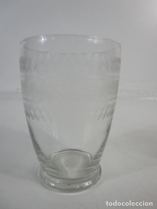 Antigüedades: Pareja de Vasos de Licor - Cristal Tallado - Principios S. XX - Foto 6 - 207918382