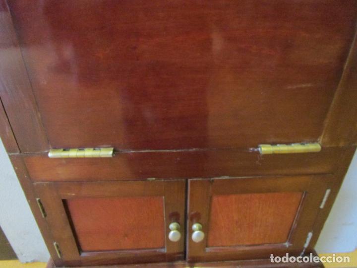 Antigüedades: Antiguo Mueble de Barco - Compañía Trasatlántica Vapores Correos, Barcelona - Madera Caoba - S. XIX - Foto 18 - 207929101