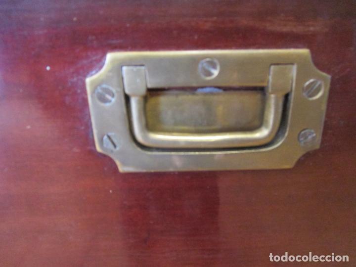 Antigüedades: Antiguo Mueble de Barco - Compañía Trasatlántica Vapores Correos, Barcelona - Madera Caoba - S. XIX - Foto 21 - 207929101