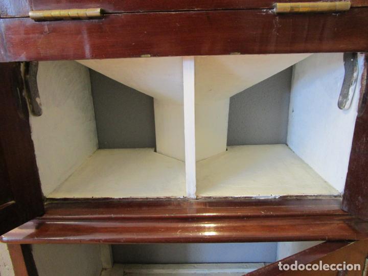 Antigüedades: Antiguo Mueble de Barco - Compañía Trasatlántica Vapores Correos, Barcelona - Madera Caoba - S. XIX - Foto 37 - 207929101