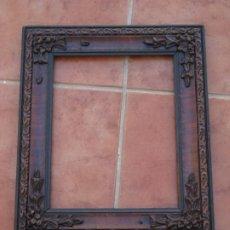 Antigüedades: ANTIGUO MARCO DE MADERA TALLADA. 40CM POR 34CM. VER DESCRIPCION.. Lote 207939995