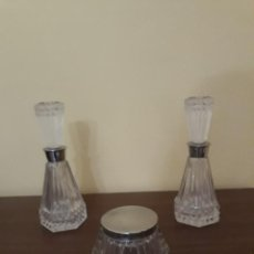 Antigüedades: BOTELLITAS Y FRASCO DE TOCADOR. Lote 207971145