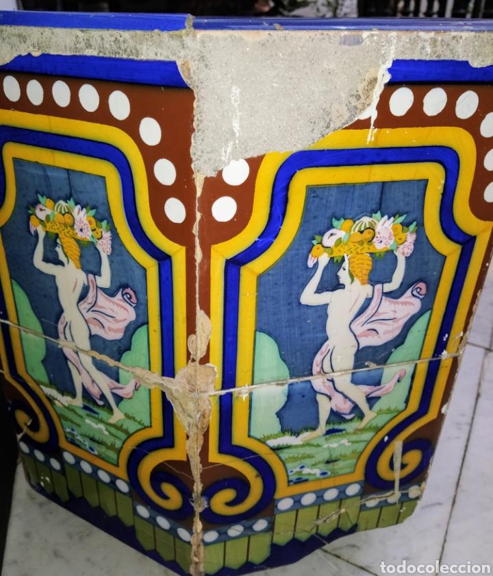 Antigüedades: Magníficos maceteros de azulejos modernistas. Final siglo XIX. - Foto 3 - 207986240