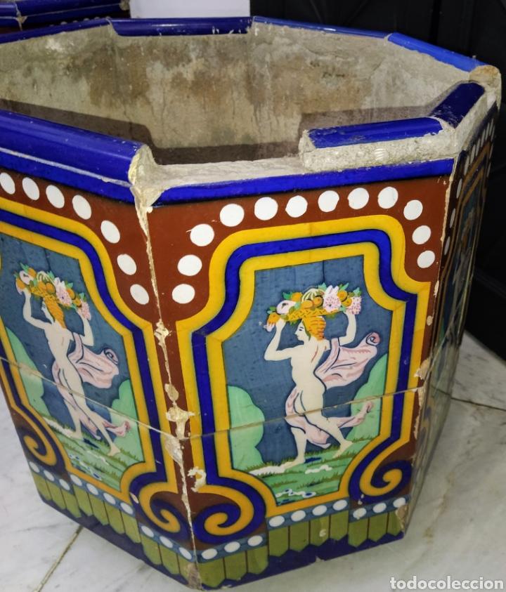 Antigüedades: Magníficos maceteros de azulejos modernistas. Final siglo XIX. - Foto 9 - 207986240