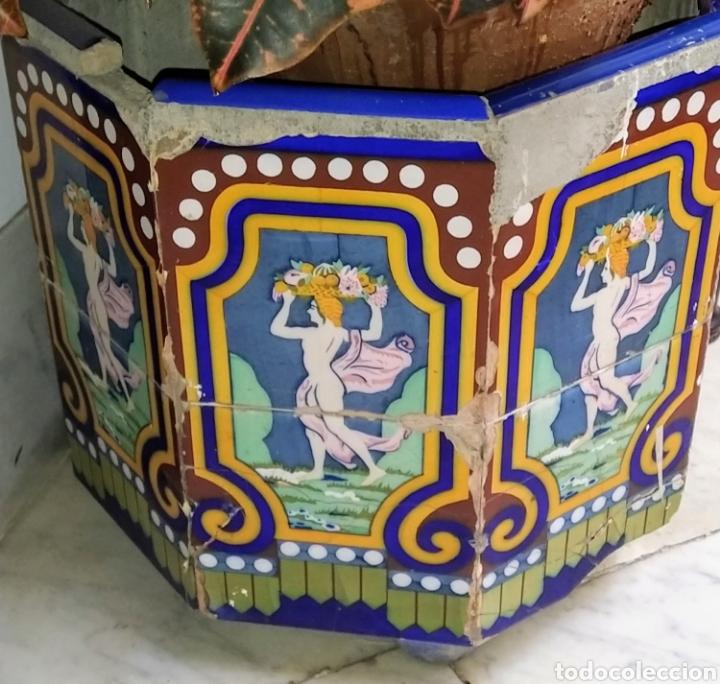 Antigüedades: Magníficos maceteros de azulejos modernistas. Final siglo XIX. - Foto 13 - 207986240