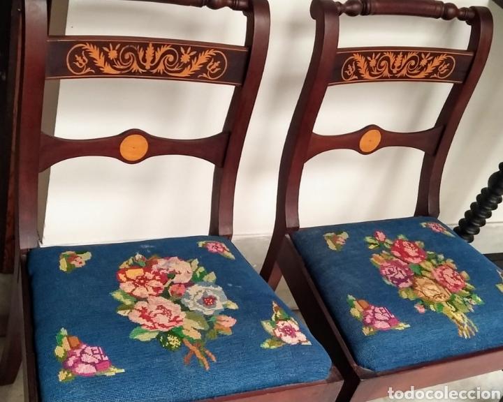 Antigüedades: Bonita pareja de sillas isabelinas en madera de caoba cubana. Bordadas en petit point - Foto 10 - 207988587