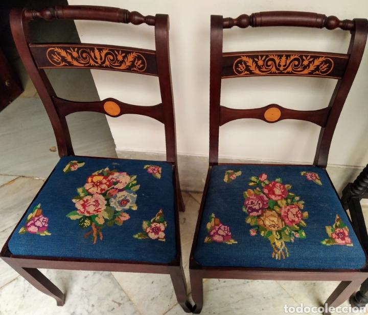 Antigüedades: Bonita pareja de sillas isabelinas en madera de caoba cubana. Bordadas en petit point - Foto 11 - 207988587