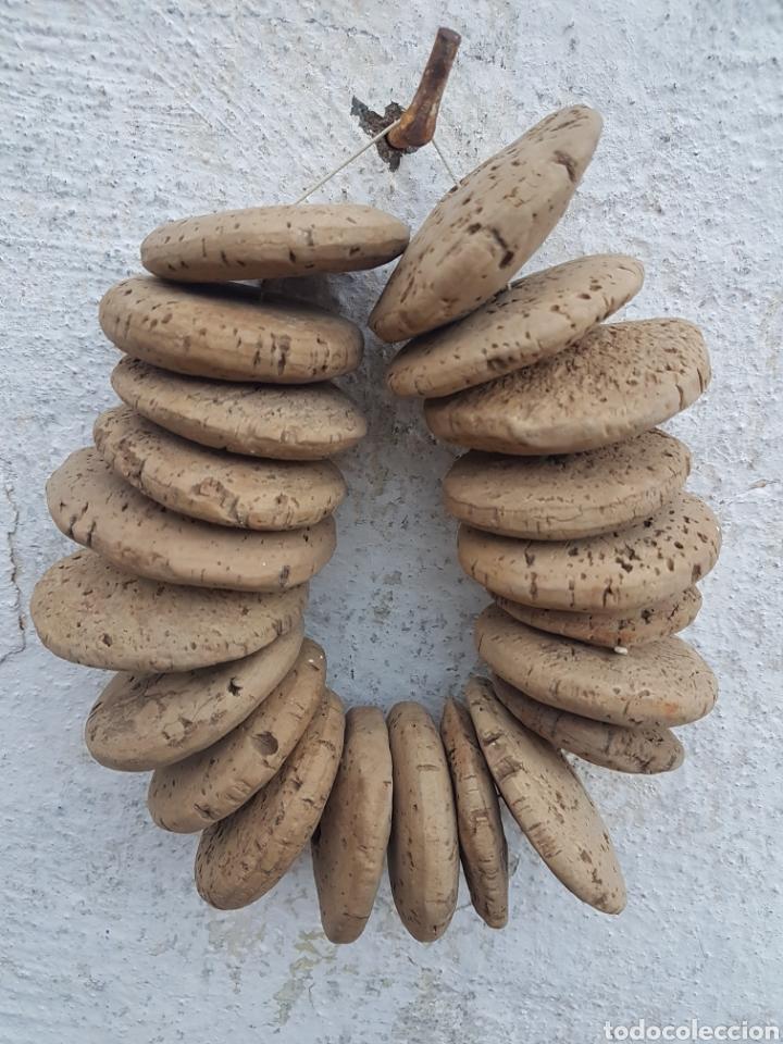 ANTIGUO LOTE DE CORCHOS DE PESCA PARA REDES (Antigüedades - Técnicas - Rústicas - Caza)