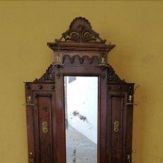 Antigüedades: PERCHERO ALFONSINO FF XLX. Lote 208108210