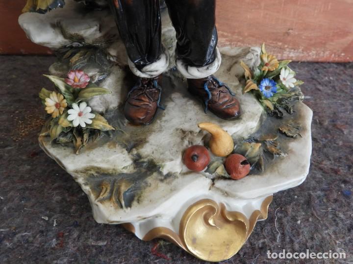Antigüedades: BONITA FIGURA DE PORCELANA DE CAPODIMONTE COLECCION VENERE - Foto 3 - 208119718