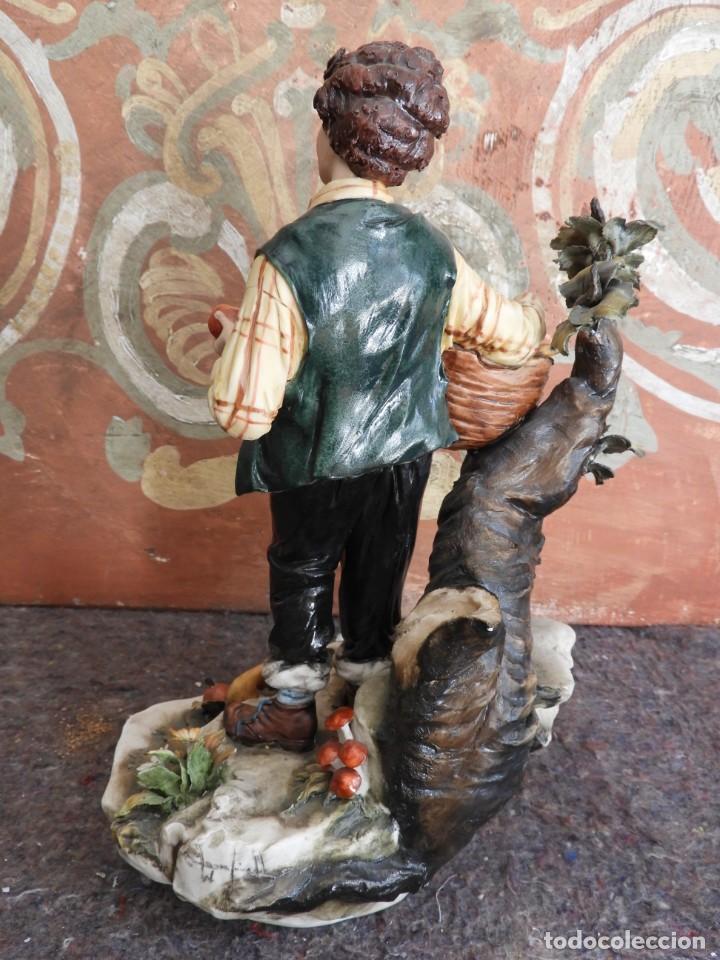 Antigüedades: BONITA FIGURA DE PORCELANA DE CAPODIMONTE COLECCION VENERE - Foto 5 - 208119718