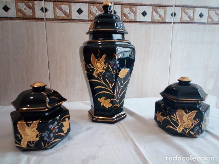 9-PRECIOSO JUEGO TIBORES DE PORCELANA EN COBALTO Y ORO (Antigüedades - Porcelanas y Cerámicas - Otras)