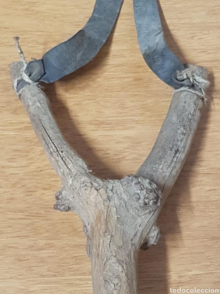 Antigüedades: Singular tirachinas arte pastoril de pastor madera - Foto 5 - 208154328