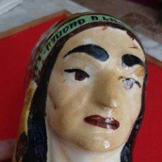 Antigüedades: ANTIGUA HUCHA DEL DOMUND AYUDAD A LAS MISIONES INDIO AMERICANO CERAMICA VIDRIADA ORIGINAL. Lote 208161237