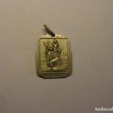 Antigüedades: ANTIGUA MEDALLA RELIGIOSA SAN CRISTOBAL. AÑO 1945.. Lote 208204088