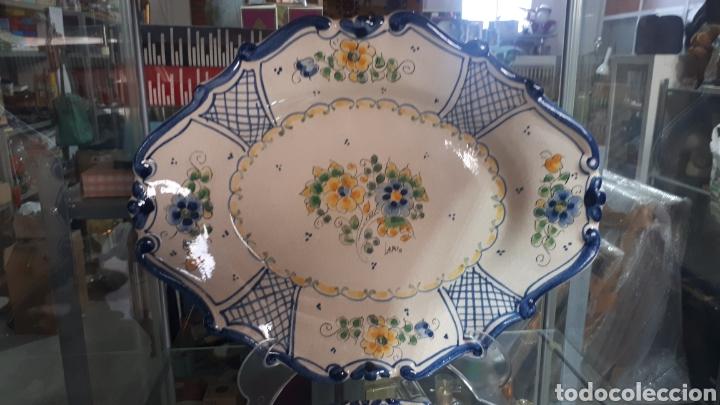 Antigüedades: Pareja de bandejas ceramica murciana LARIO leer descripción - Foto 2 - 208235571