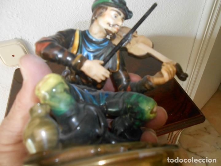 Antigüedades: FIGURA DE PORCELANA FINA DE UN VIOLINISTA - Foto 3 - 208294748
