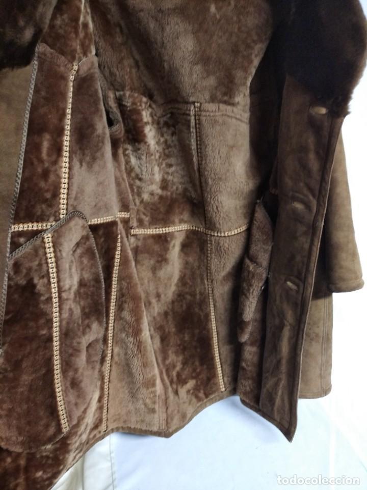 Antigüedades: Antiguo abrigo de piel de la marca Boecker. IHR SPEZIALIST FÜR BEKLEIDUNG UND PELZE. - Foto 3 - 208322725
