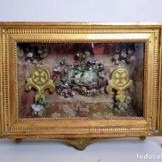 Antigüedades: RELICARIO CAJA ENMARCADA, SEGUNDA MITAD DEL S XIX. Lote 208380297
