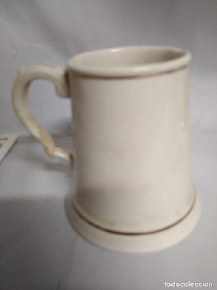 Antigüedades: Antigua jarra de cerámica. Arthur Wood England. - Foto 2 - 208647773