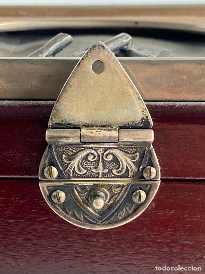 Antigüedades: CAJA DE MUSICA DE MADERA Y PLATA CON INICIALES. S.XX. - Foto 4 - 208689961