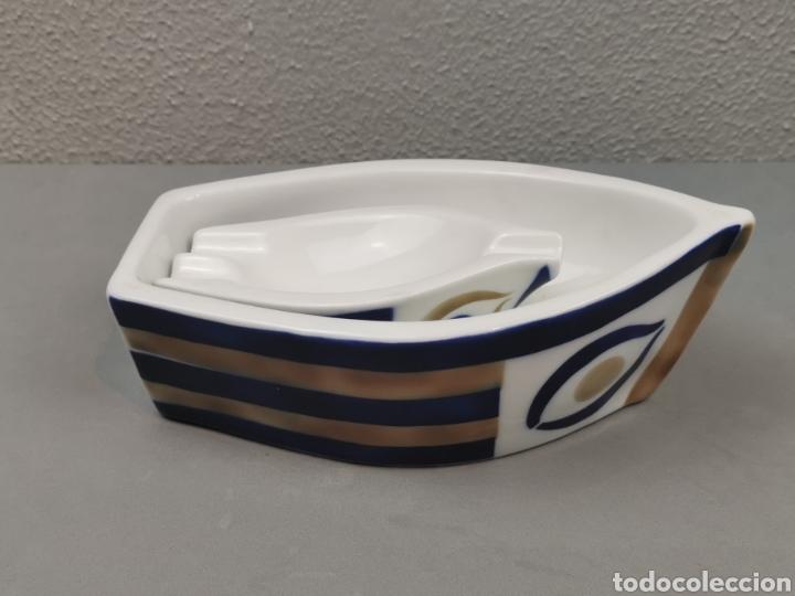 Antigüedades: Barca y cenicero barco de Porcelana Sargadelos. - Foto 4 - 208787855