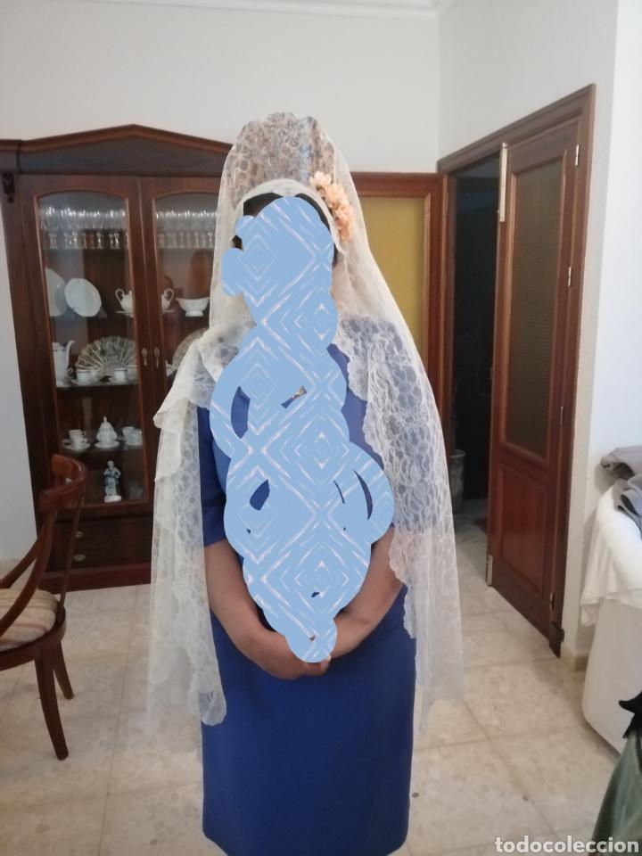 Antigüedades: Preciosa mantilla de encaje chantillí - Foto 5 - 208851226