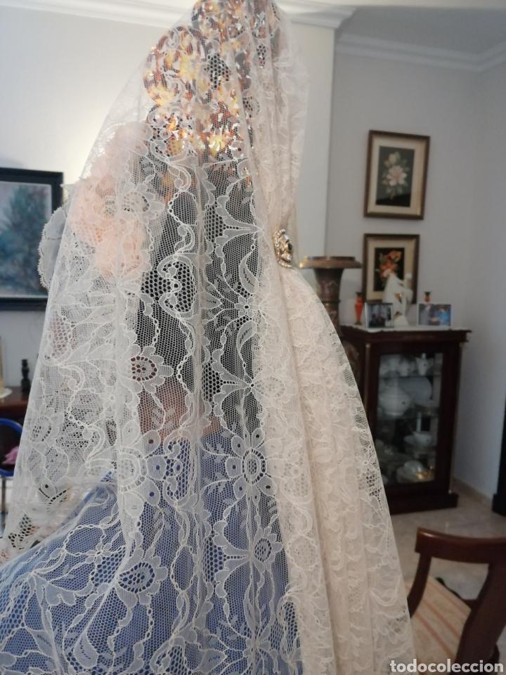PRECIOSA MANTILLA DE ENCAJE CHANTILLÍ (Antigüedades - Moda - Mantillas)