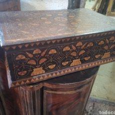 Antigüedades: CAJA DE MARQUETERÍA MUDÉJAR. Lote 208924991