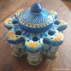 Antigüedades: TINTERO DE TALAVERA . HACIA 1900 .. Lote 208946920