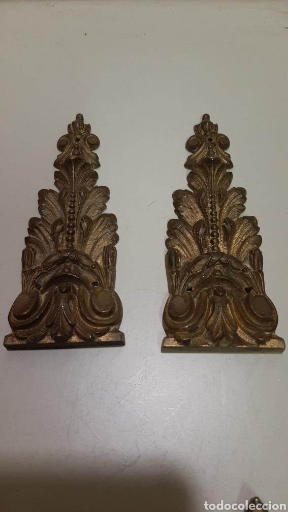 Antigüedades: 7 piezas de bronce para decoración de muebles o lámparas, lo que se desee. Antiguas, bonita pátina. - Foto 2 - 208975598