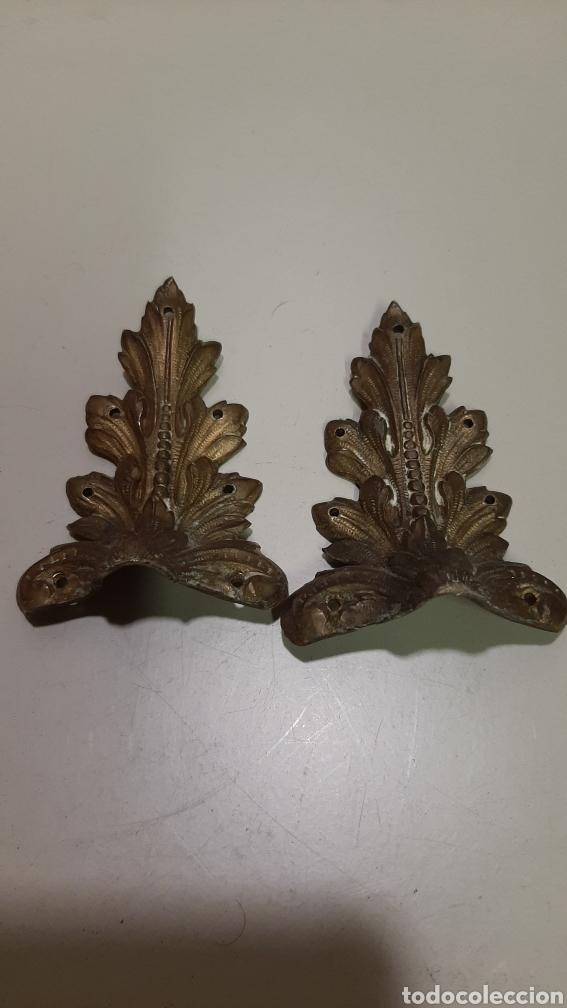 Antigüedades: 7 piezas de bronce para decoración de muebles o lámparas, lo que se desee. Antiguas, bonita pátina. - Foto 3 - 208975598