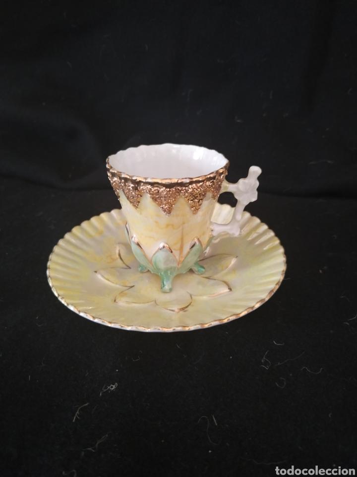 TAZA Y PLATO MODERNISTA .NUMERADA.CIRCA 1900-10 (Antigüedades - Porcelanas y Cerámicas - Algora)