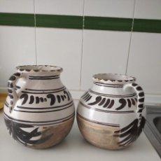 Antigüedades: TERUEL , PAREJA DE ANTIGUOS BÚCAROS O JARRONES, PERFECTO ESTADO. Lote 209001795