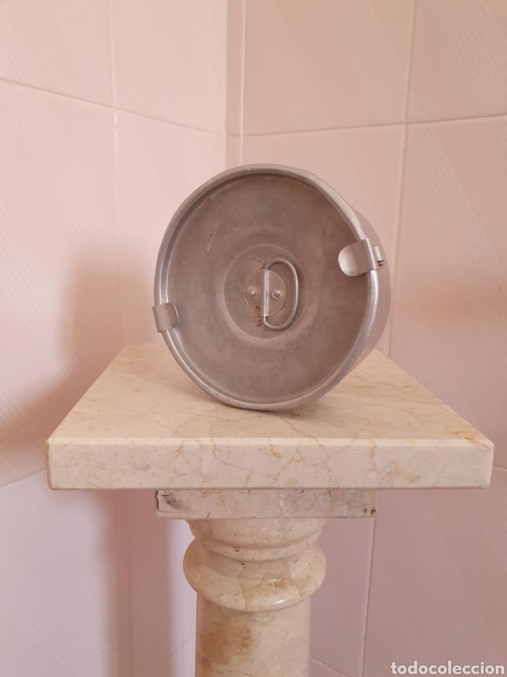ANTIGUA FIANBRERA DE ALUMINIO LLEVA SELLO INDUSTRIA LA SEVILLANA DEL METAL (Antigüedades - Técnicas - Rústicas - Utensilios del Hogar)