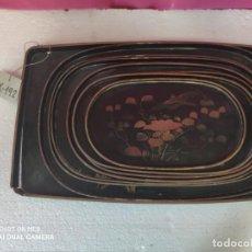 Antigüedades: JUEGO DE 8 BANDEJAS EN MADERA DECORADAS A MANO - XXX 192. Lote 42989733