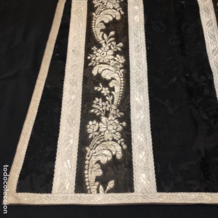 Antigüedades: Dalmatica de brocado de plata y damasco negro francesa siglo XIX - Foto 2 - 209106988