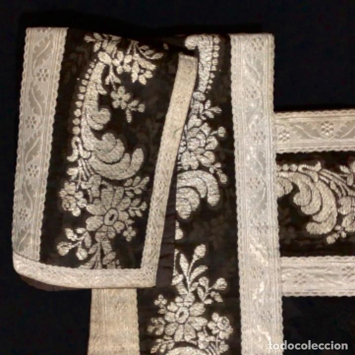 Antigüedades: Dalmatica de brocado de plata y damasco negro francesa siglo XIX - Foto 4 - 209106988