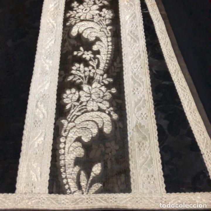 Antigüedades: Dalmatica de brocado de plata y damasco negro francesa siglo XIX - Foto 7 - 209106988