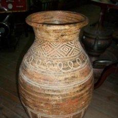 Antigüedades: ANTIGUO JARRON DE BARRO. Lote 209156670