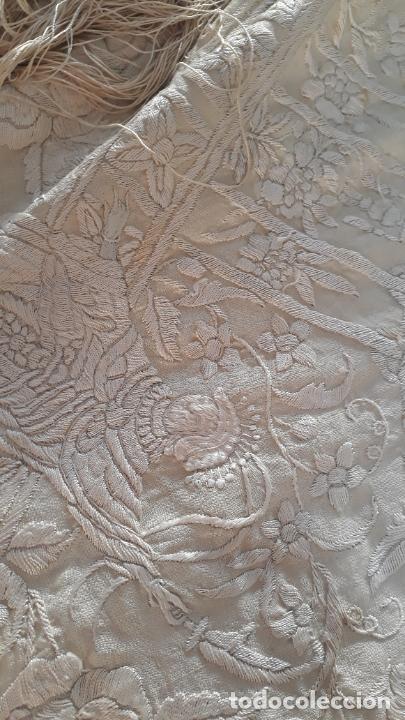Antigüedades: manton de manila marfil seda bordada a mano - Foto 3 - 209181322