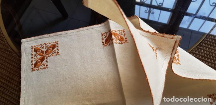 Antigüedades: Mantel individual de Lagartera - Foto 2 - 209310661
