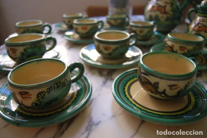 Antigüedades: JUEGO DE CAFÉ DE CERÁMICA - PUENTE DEL ARZOBISPO - HNOS. ESCOBAR - 10 SERVICIOS - AZUCARERO,CAFETERA - Foto 8 - 209315187